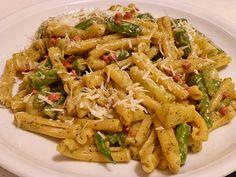 Ligurische Nudeln Nudeln mit grünen Bohnen, Kartoffeln und Pesto