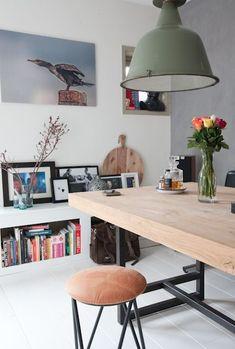 Home Decorating DIY Projects  :     INTERIOR JUNKIE » Binnenkijken bij Monique    -Read More –   - #DIY https://decorobject.com/diy/home-decorating-diy-projects-interior-junkie-binnenkijken-bij-monique/