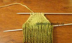 Jak pletu ponožky nejraději – Návody na pletení Crochet Bikini, Crochet Top, Clothes Hanger, Hana, Women, Coat Hanger, Clothes Hangers, Clothes Racks, Woman