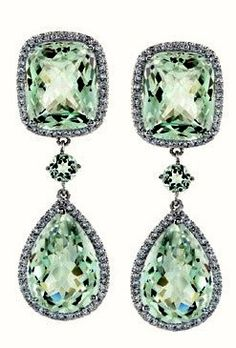 Christian Dior|Green Sapphire Ear Pendants