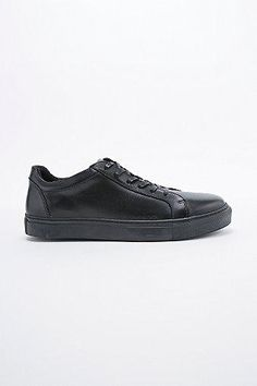 100% authentic b27bc 5275c Selected Homme Dylan Trainers in Black  shoes  selectedhomme  offduty  men   covetme. Svarta SneakersSvarta SkorNike ...