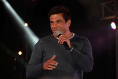 Amr Diab - Tamally maak (with English subtitles) = عمرو دياب - تملي معاك   http://www.youtube.com/watch?v=-hOMAUH4fvc=colike