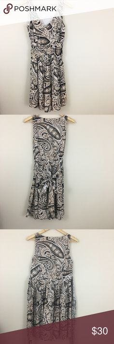"🆕J. Crew | Printed V Neck Dress Printed dress great to dress up or down. Measurements lying flat; 18"" pit to pit, 35"" shoulder to hem. Excellent condition. J. Crew Factory Dresses"