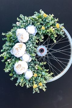 On the hunt for unique wedding ideas to give your big day the wow-factor? Try these six quirky wedding flowers, from farmyard florals to flower walls and blooming chandeliers. Cowgirl Wedding, Quirky Wedding, Wedding Props, Unique Weddings, Fall Wedding, Wedding Favors, Wedding Decorations, Dream Wedding, Beach Weddings