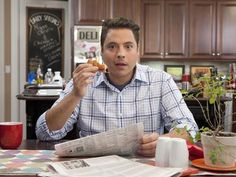 "One of the BEST shows on Food Network!!!  Jeff Mauro is the ""Sandwich King"", and he's a hoot!!!  I love this show!"