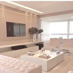 All white! Love ❤ Regram do @homeluxo | Projeto by Rejane Dubeux |  @homeluxoimoveis #decoração #projetos #apartamentos #arquitetura #homeluxo #bloghomeluxo #decor4home #decor #decoracao #design #decoration #decor #it  Site: www.homeluxo.com | Facebook/Fanpage: Bloghomeluxo | Snapchat: Homeluxo ➡️️Para participar da seleção de projetos postados aqui no insta, marque o @_decor4home na foto e legenda do seu post!