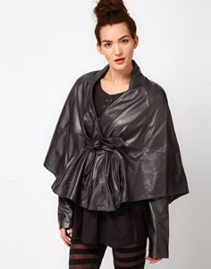 GAR-DE Kaffi Leather Capelet