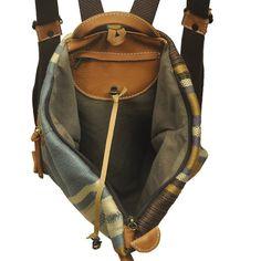 Handmade Triangle Backpack in stripped por iyiamihandbags en Etsy
