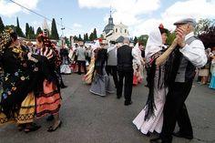Fiesta de San Isidro in Madrid (11 - 15 May, 2016): http://blangua.com/p/es/madrid/live/fiesta-de-san-isidro-1455963674