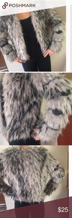 New Faux Fur Coat Never worn coat. Forever 21 Jackets & Coats