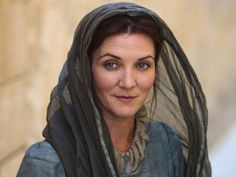 Catelyn Stark portrayed by Michelle Fairley in Game of Thrones. I am BEYOND disappointed they arent bringing her character back into the HBO series like its written in the books. It was such a shock reading her return and I wanted so bad to SEE it! Got Serie, Film Serie, Game Of Thrones Saison, Game Of Thrones Tv, Game Of Thrones Characters, Catelyn Stark, George Rr Martin, Xena Warrior Princess, Movies And Series