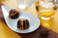 ízharmonikus: Barackpálinkás - marcipános bonbon Mousse, Hungarian Recipes, Hungarian Food, Small Cake, Truffles, Panna Cotta, Pudding, Cookies, Eat