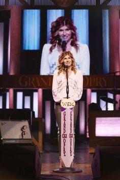 CONNIE BRITTON Nashville Seasons, Nashville Tv Show, Connie Britton, Tv Show Casting, Queen Hair, Great Tv Shows, Season 3, Scandal, Reign