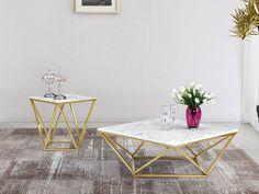 An open, faceted steel base in pure gold finish makes the Meridian Furniture Inc Mason Gold End Table a gleaming gem in your living space. Stone Coffee Table, Marble Top Coffee Table, Modern Coffee Tables, Gold End Table, End Tables, Occasional Tables, Meridian Furniture, Chic Living Room, Center Table