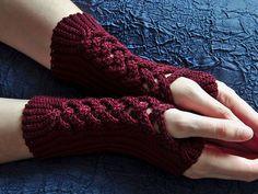 Rotweinknoten Crochet pattern by Tanja Osswald Fingerless Gloves Crochet Pattern, Crochet Mittens, Fingerless Mittens, Knitted Gloves, Crochet Baby, Knit Crochet, Ravelry Crochet, Mittens Pattern, Crochet Pillow