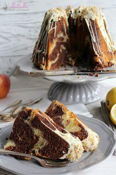 Marmorgugl mit Apfel, weißer Schokolade und Haselnusskrokant: http://ullatrullabacktundbastelt.blogspot.de/http://ullatrullabacktundbastelt.blogspot.de/