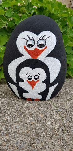 Pebble Painting, Pebble Art, Stone Painting, Rock Painting, Stone Crafts, Rock Crafts, Rock And Pebbles, Rock Design, Pallet Art