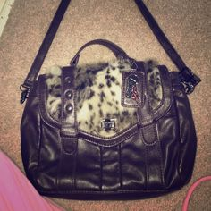 275789c76c8c Trendy faux fur bag Cute crossbody faux fur detail brown pleather bag. Love  the designer