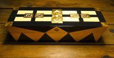 CAJAS / madera con hojas de oro 39x12x12  #vendida