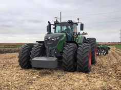 Fendt Tractor reporting for tillage duty Big Tractors, Agriculture, Farming, New Holland, Monster Trucks, Techno, Vehicles, Countryside, Life