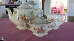 Summer Flowers, Teacups, Finland, Jars, Tea Pots, Biscuits, Old Things, Memories, Tableware