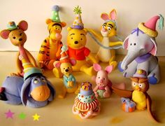Winnie the Pooh & Friends Party #cake #toppers