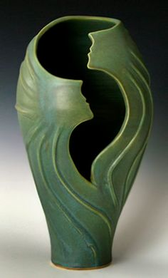 Swirling Sprites vase by Judith Taylor – former soloist with the American Ballet Theater now using movement to bring clay to life Pottery Sculpture, Pottery Vase, Ceramic Pottery, Ceramic Art, Ceramic Sculptures, Vase Transparent, Art Nouveau, Vase Design, Clay Vase