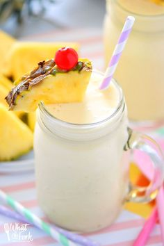 These Healthy Pina Colada Smoothies are dairy free, gluten free, and paleo. They make a great breakfast or quick afternoon drink and will have you dreaming of sunshine and warm beach weather! Recipe from @whattheforkbog | whattheforkfoodblog.com | smoothie recipes | easy smoothie recipes via @whattheforkblog