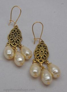EARRINGS_Ayla_pearl_baroque_Renaissance_Tudor_Victorian_Medieval_earrings_wedding_faire_dress_gown_large.jpg (348×480)