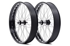 - 26in, 100mm wide - Double walled rims with weight saving cut outs - Front hub spacing: 135mm // Rear: 170mm - Both hubs have a 6 bolt rotor mount and use a bolt-on spindle - Free-hub body is 10 spee