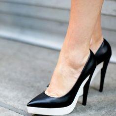 Les escarpins noir et blanc, look de la Fashion Week printemps été 2014 de New York