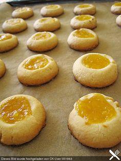 Zitronenhäufchen mit Lemon Curd, ein leckeres Rezept aus der Kategorie Kekse & Plätzchen. Bewertungen: 16. Durchschnitt: Ø 4,2.