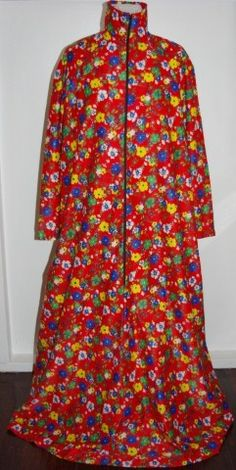 Vintage Maxi Dress by Target. This may have originally been made for a Dressing Gown. Too good for that..Great Maxi Dress www.vintagemoi.com.au