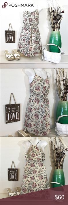Madewell Silk Flower Dress Beautiful Colors Madewell Silk Flower Dress Neutral Fall Colors. Size 0 please see measurements. Excellent preowned condition. Madewell Dresses Mini