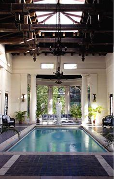 ...con piscina nel salotto!!!