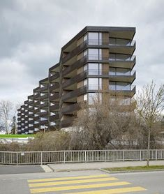 Morger + Dettli Architekten / Wohnüberbauung 'am herterweiher', Uster - PintoPin Residential Complex, Building Exterior, Park Homes, Facade Architecture, Home Projects, Multi Story Building, Floor Plans, Design, Barnet