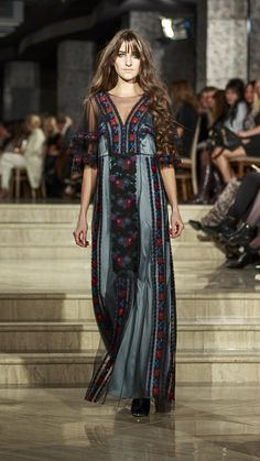 Roksolana Bogutska - Lviv Fashion Week Ukrainian beauty folk fashion