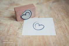 renske anna love heart stamp