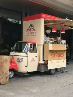 65 Ideas Food Truck Ideas Coffee Mobile Cafe For 2019 Mobile Restaurant, Mobile Cafe, Deco Restaurant, Food Cart Design, Food Truck Design, Cafe Design, Coffee Carts, Coffee Truck, Coffee Shop