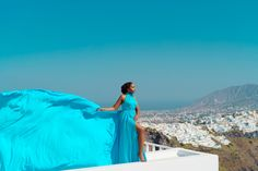 Artistic photoshoots & flying dress rental in Santorini, Greece. Magic pictures from the most romantic island of the world! Santorini Photographer, Dress Rental, Greece Holiday, Romantic Getaways, Holiday Photos, Most Romantic, Female Portrait, Unique Dresses, Videography