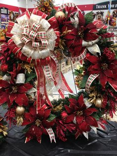 "36""Christmas Traditions Wreath 2012 designed by Christian Rebollo for store 2870"