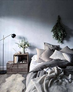 Floor Bed Ideas: hanging plants