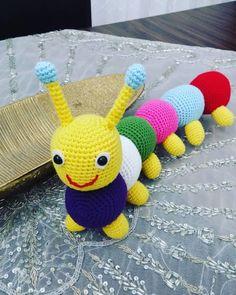 Amigurumi Patterns, Crochet Patterns, Crochet Dolls, Caterpillar, Kids And Parenting, Tweety, Free Crochet, Free Pattern, Dinosaur Stuffed Animal