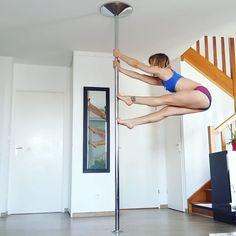 "3,284 Me gusta, 13 comentarios - leslielili (@leslielili_pole) en Instagram: ""Funny spinning combo #pole #poledance #poledancer #polesport #polefitness #fitness #dance #dancer…"""