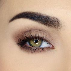Simple Eyeshadow Looks, Eyeshadow For Green Eyes, Makeup Looks For Green Eyes, Makeup Eye Looks, Simple Eye Makeup, Natural Fall Makeup, Simple Smokey Eye, Natural Green Eyes, Asian Smokey Eye