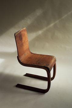 Alvar Aalto cantilever chair 21 FINMAR LTD. FINLAND 1933