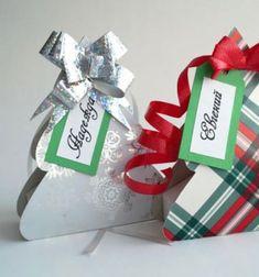 Christmas tree gift boxes (with free printable) // Karácsonyfa alakú díszdobozok - kreatív ajándék csomagolás // Mindy - craft tutorial collection // #crafts #DIY #craftTutorial #tutorial #ChristmasCrafts #Christmas