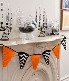 Halloween Party Banner Free Crochet Pattern from Red Heart Yarns