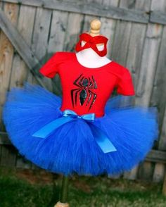 Spider Girl Tutu Costume by SocktopusCreations on Etsy. I love how full the tutu is! Halloween Costumes For Teens, Cute Costumes, Super Hero Costumes, Halloween Kostüm, Costume Ideas, Spider Man Party, Tutus For Girls, Diy For Girls, No Sew Tutu
