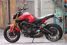 2014 Yamaha FZ-09 First Ride Review- Photos- Pricing- Specs